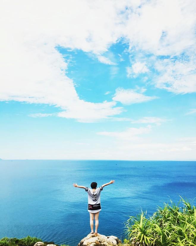 """Đà Nẵng xuất hiện hồ bơi giữa biển đẹp y hệt nước ngoài, dân tình xôn xao: """"Lại sắp bị phá tan tành cho xem!"""" - ảnh 28"""