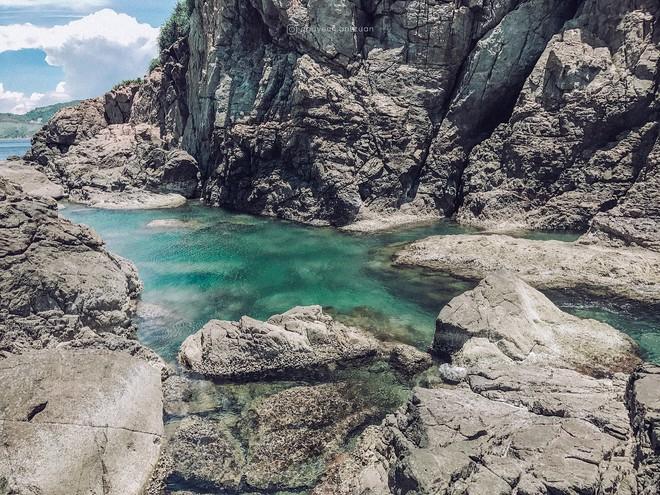 """Đà Nẵng xuất hiện hồ bơi giữa biển đẹp y hệt nước ngoài, dân tình xôn xao: """"Lại sắp bị phá tan tành cho xem!"""" - ảnh 10"""
