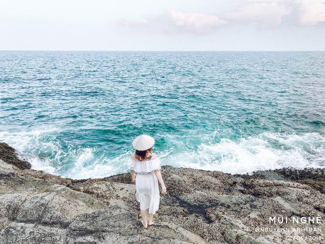 """Đà Nẵng xuất hiện hồ bơi giữa biển đẹp y hệt nước ngoài, dân tình xôn xao: """"Lại sắp bị phá tan tành cho xem!"""" - ảnh 9"""