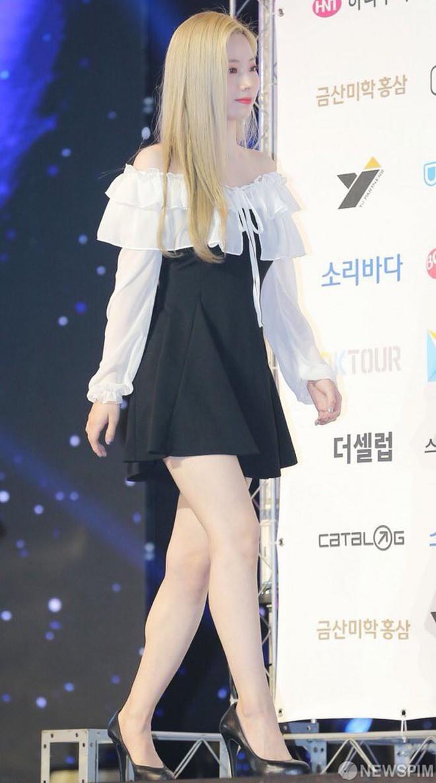 Diện váy rẻ nhất nhóm, mỹ nhân nhà Twice vẫn khiến netizen trầm trồ vì sang chảnh như mặc đồ hiệu đắt đỏ - ảnh 7