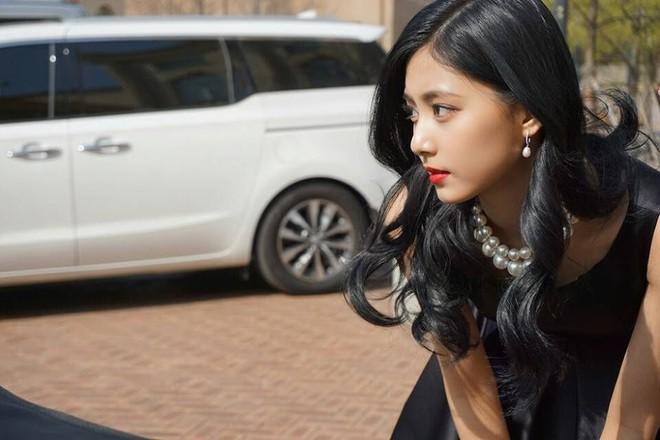 Netizen chọn ra 2 nữ thần nhan sắc đứng đầu thế hệ thứ 3: Chỉ có SM và JYP, nghìn năm có một, ai nhỉnh hơn? - ảnh 15