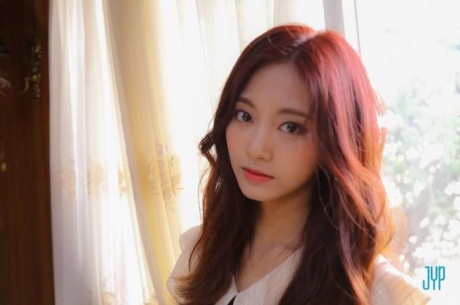 Netizen chọn ra 2 nữ thần nhan sắc đứng đầu thế hệ thứ 3: Chỉ có SM và JYP, nghìn năm có một, ai nhỉnh hơn? - ảnh 16