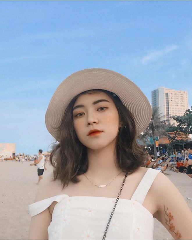 Nữ sinh trường con nhà giàu ở Hà Nội được truy lùng chỉ vì một nụ cười toả sáng, biết profile chi tiết càng nể phục hơn - ảnh 4