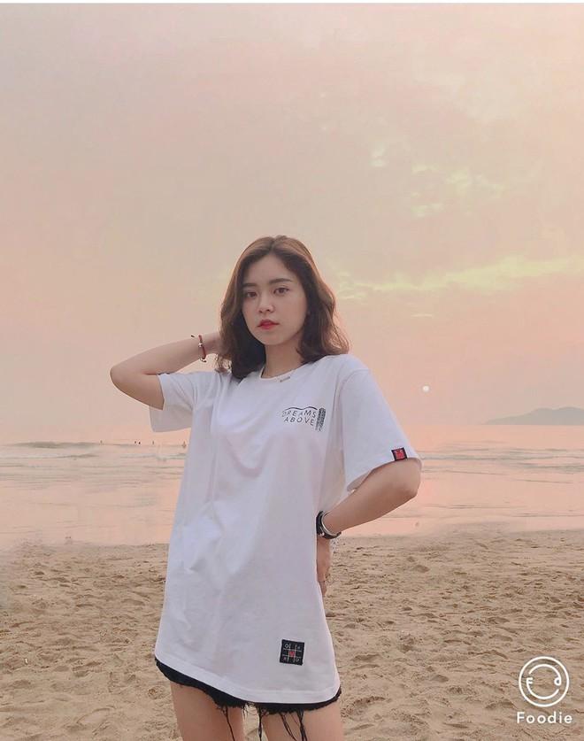 Nữ sinh trường con nhà giàu ở Hà Nội được truy lùng chỉ vì một nụ cười toả sáng, biết profile chi tiết càng nể phục hơn - ảnh 16