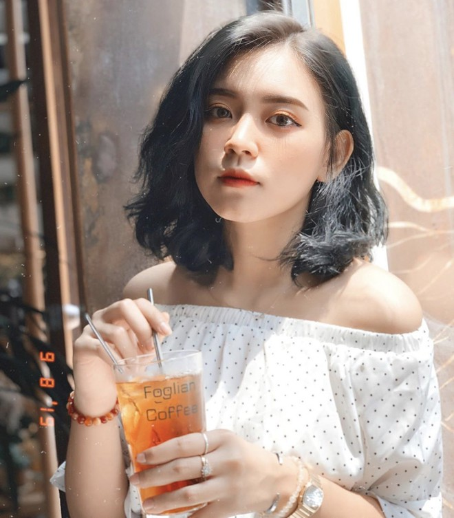 Nữ sinh trường con nhà giàu ở Hà Nội được truy lùng chỉ vì một nụ cười toả sáng, biết profile chi tiết càng nể phục hơn - ảnh 10