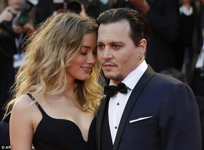 3 mối tình gây sốc nhất lịch sử showbiz thế giới: Người cưới con gái nuôi kém 38 tuổi, kẻ bỏ nhau sau 72 ngày kết hôn - ảnh 13