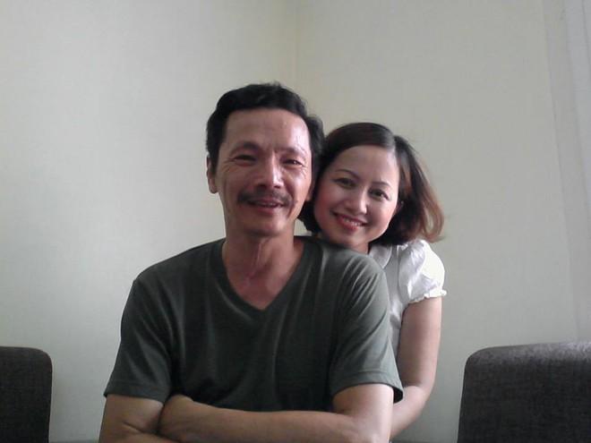 Ảnh cưới 22 năm trước của NSND Trung Anh hot trở lại, ai cũng xuýt xoa vẻ lãng tử một thời của ông bố quốc dân - Ảnh 2.