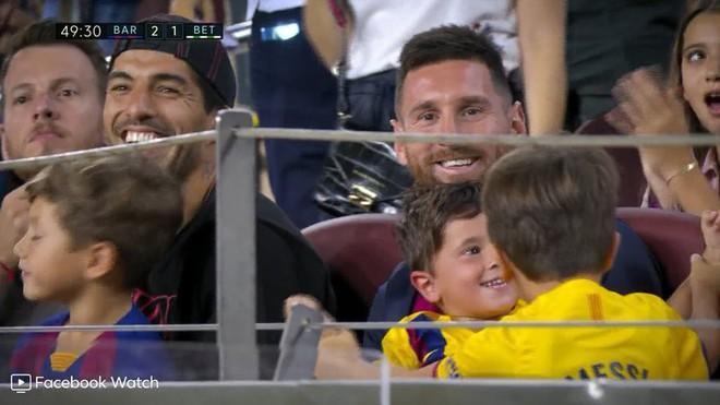 Messi phấn khích ra mặt khi chứng kiến người đóng thế mình lập cú đúp giải cứu Barca - ảnh 6