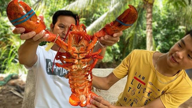 5 kênh du lịch - ẩm thực hot nhất miền Tây: Khoai Lang Thang sắp đạt nút vàng, một YouTuber trẻ tuổi khác đã làm được điều đó từ lâu - ảnh 26