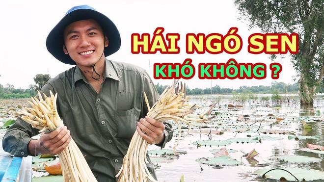 5 kênh du lịch - ẩm thực hot nhất miền Tây: Khoai Lang Thang sắp đạt nút vàng, một YouTuber trẻ tuổi khác đã làm được điều đó từ lâu - ảnh 16