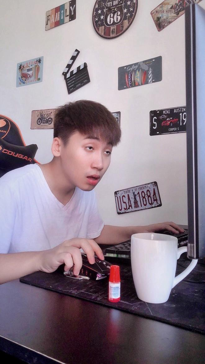 Huy Cung đột ngột tuyên bố nghỉ làm vlog sau 4 năm, quyết tâm đi hát nhưng đáng nói nhất là rủ rê cả Cris Phan - ảnh 1