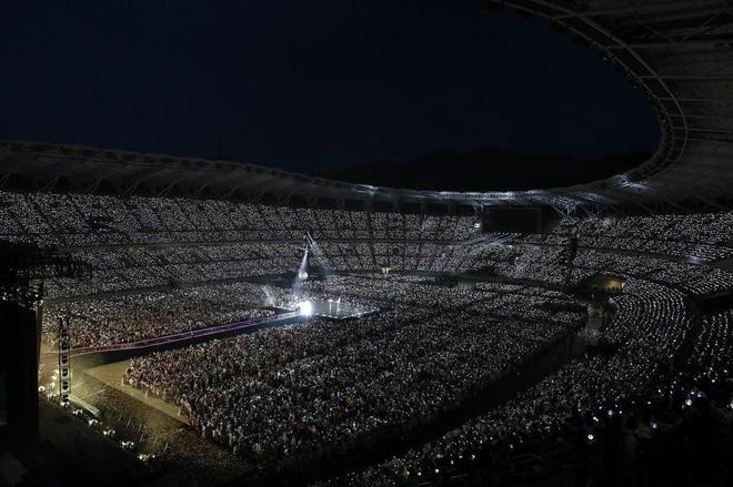Doanh thu khủng từ các concert mới nhất của idol Kpop: BTS gấp đến 10 lần so với TWICE và BLACKPINK - ảnh 1