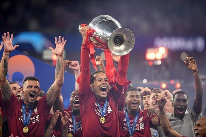 Đánh bại cả Messi lẫn Ronaldo, Virgil van Dijk chính thức trở thành cầu thủ xuất sắc nhất châu Âu - ảnh 2
