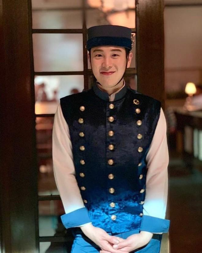 Bí ẩn khó đoán của 3 đệ cứng dưới quyền CEO IU trong Hotel Del Luna: Số 2 tiên phong đẩy quản lí Yeo Jin Goo vào chỗ chết - Ảnh 6.