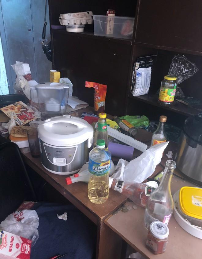 Đỉnh cao biến phòng trọ thành bãi rác khiến dân tình tròn mắt: Làm thế nào mới ở bẩn được như vậy? - ảnh 3