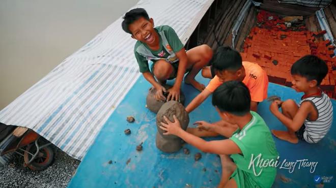 Khoai Lang Thang và kí ức về sân chơi tuổi thơ của tụi con nít nông thôn - ảnh 3