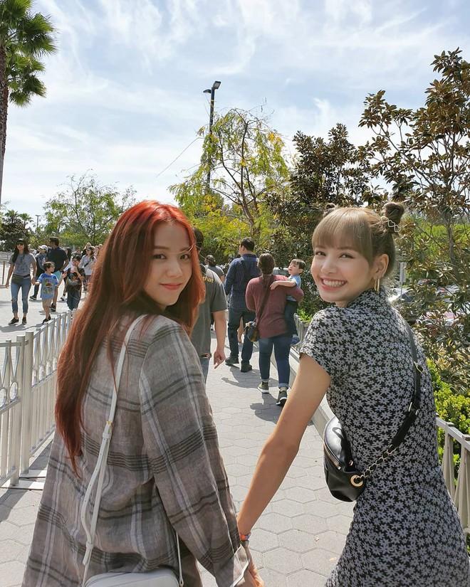Chuỗi công viên giải trí này có gì mà cả Taeyeon, BLACKPINK, TWICE, MOMOLAND không hẹn mà tới? - ảnh 20
