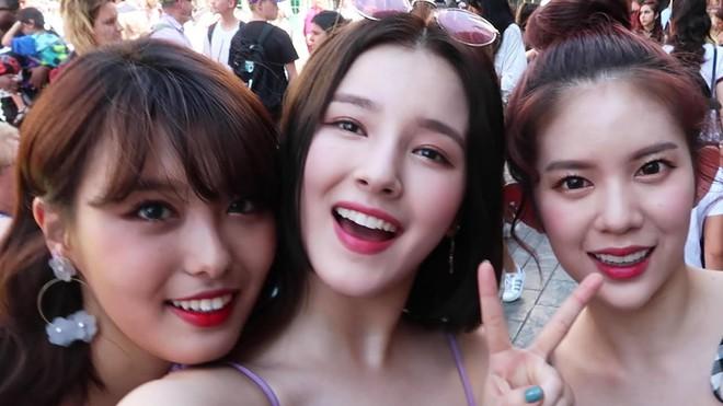 Chuỗi công viên giải trí này có gì mà cả Taeyeon, BLACKPINK, TWICE, MOMOLAND không hẹn mà tới? - ảnh 29