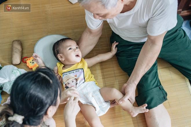 Nhật kí lần đầu làm bố mẹ của cặp vợ chồng U60 ở Hà Nội: Thỏ à, con là món quà vô giá! - ảnh 10
