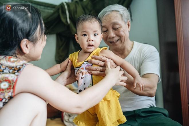 Nhật kí lần đầu làm bố mẹ của cặp vợ chồng U60 ở Hà Nội: Thỏ à, con là món quà vô giá! - ảnh 18