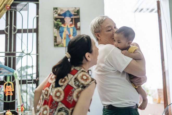 Nhật kí lần đầu làm bố mẹ của cặp vợ chồng U60 ở Hà Nội: Thỏ à, con là món quà vô giá! - ảnh 22