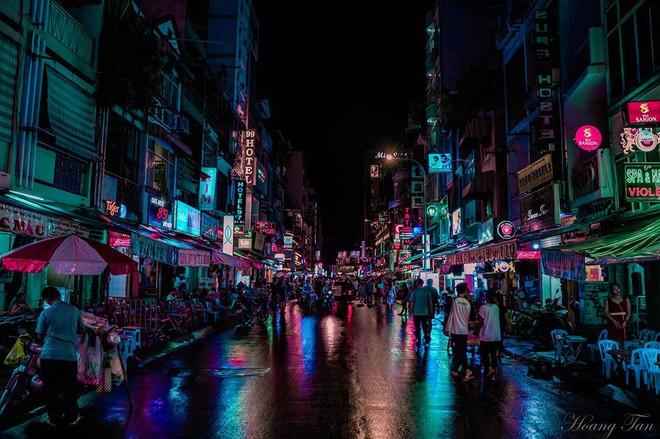 Phía sau vẻ hào nhoáng, có một phố Tây Bùi Viện hiện lên như góc Hong Kong bình dị đang khiến dân mạng phát sốt - ảnh 12
