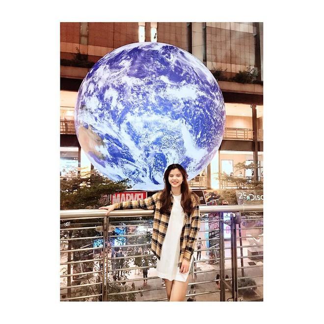 """Góc sửng sốt: Đài Loan """"chơi lớn"""" mang hẳn Trái Đất thu nhỏ xuống trưng bày, giới trẻ đua nhau kéo đến check-in - ảnh 26"""
