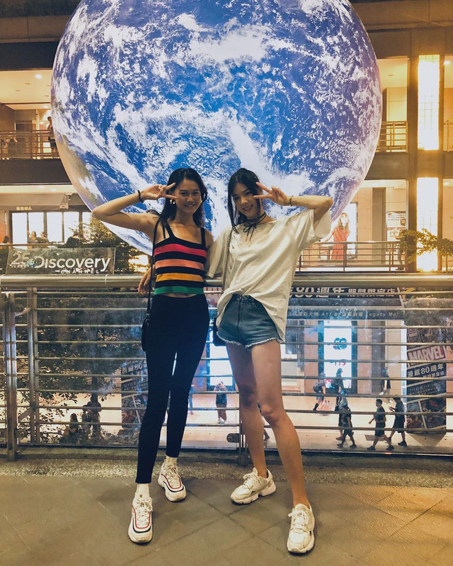 """Góc sửng sốt: Đài Loan """"chơi lớn"""" mang hẳn Trái Đất thu nhỏ xuống trưng bày, giới trẻ đua nhau kéo đến check-in - ảnh 19"""