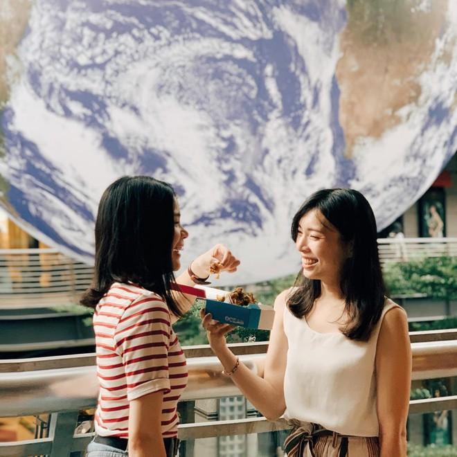 """Góc sửng sốt: Đài Loan """"chơi lớn"""" mang hẳn Trái Đất thu nhỏ xuống trưng bày, giới trẻ đua nhau kéo đến check-in - ảnh 23"""