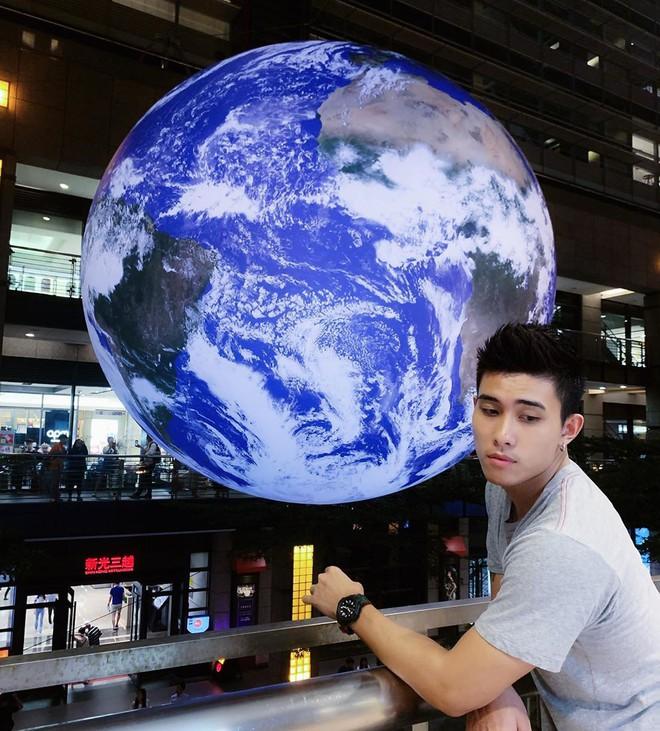 """Góc sửng sốt: Đài Loan """"chơi lớn"""" mang hẳn Trái Đất thu nhỏ xuống trưng bày, giới trẻ đua nhau kéo đến check-in - ảnh 9"""