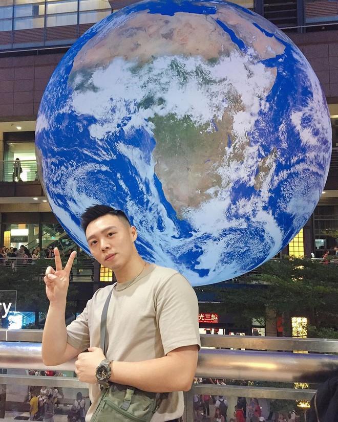 """Góc sửng sốt: Đài Loan """"chơi lớn"""" mang hẳn Trái Đất thu nhỏ xuống trưng bày, giới trẻ đua nhau kéo đến check-in - ảnh 1"""