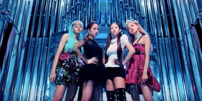 Sự đời trái ngang: Fan TWICE không kịp thở vì idol quá nhiều hoạt động, fan BLACKPINK thì mốc mồm chờ idol comeback - ảnh 5