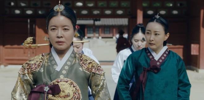 Tiết lộ cực sốc của Tân Binh Học Sử Goo Hae Ryung: Cha Eun Woo là con rơi chứ chẳng phải Hoàng tử cao quý? - Ảnh 3.