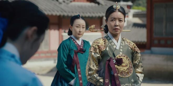 Tiết lộ cực sốc của Tân Binh Học Sử Goo Hae Ryung: Cha Eun Woo là con rơi chứ chẳng phải Hoàng tử cao quý? - Ảnh 4.