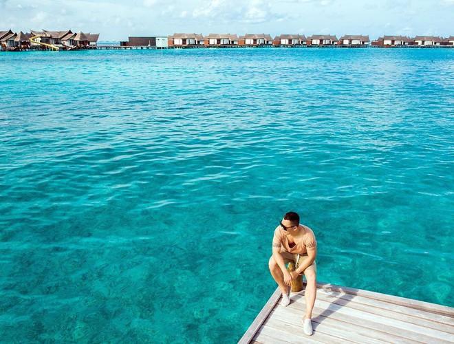 """Hot: Ông bầu Vũ Khắc Tiệp ra vlog mới, chi hẳn nửa tỉ thuê khách sạn sang chảnh nhất Maldives để ở """"sương sương"""" - ảnh 5"""