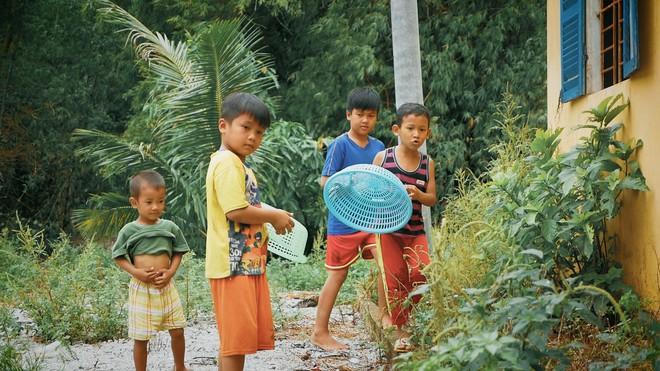Khoai Lang Thang: Điều Khoai mong muốn sau hành trình này là con trẻ được vui chơi và bồi đắp tâm hồn trên chính mảnh đất quê hương - ảnh 5