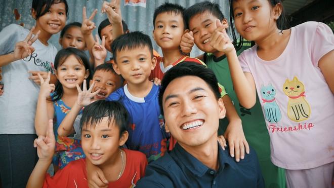 Khoai Lang Thang: Điều Khoai mong muốn sau hành trình này là con trẻ được vui chơi và bồi đắp tâm hồn trên chính mảnh đất quê hương - ảnh 9