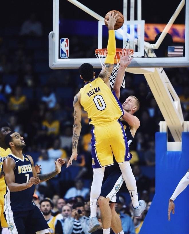 Kẻ ở lại Kyle Kuzma khẳng định sẽ trở thành ngôi sao thứ 3 của Lakers - ảnh 3