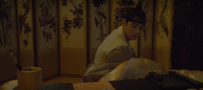 Tân Binh Học Sử Goo Hae Ryung: Chẳng nam chính nào khổ như Cha Eun Woo, vừa bị crush phũ vừa bị cha đối xử cay nghiệt - Ảnh 5.