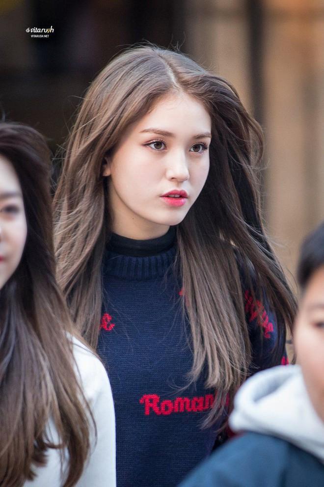 Góc nghiêng thần thánh của idol con lai Kpop: Nữ thần như Somi, Nancy có đọ được với Vernon, Samuel? - Ảnh 2.