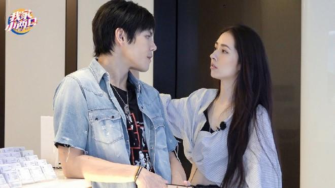 Đám cưới đột ngột nhất Cbiz: Tình cũ Seungri và cháu nội trùm xã hội đen Hong Kong bí mật tổ chức hôn lễ tại Ý - ảnh 7