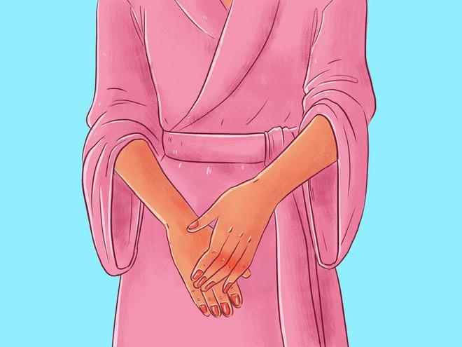 Chuyên gia của Meghan Markle chia sẻ 10 bước massage giúp Công nương có được làn da luôn căng bóng, trẻ trung - ảnh 16