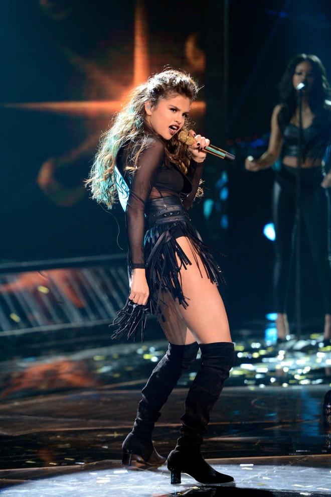 Chuyện hủy show: Taylor Swift diễn 10 năm hủy đúng 1 show, Ariana Grande chưa phải là Nữ hoàng hủy show thực sự! - ảnh 1