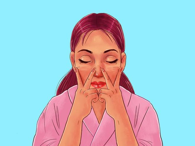 Chuyên gia của Meghan Markle chia sẻ 10 bước massage giúp Công nương có được làn da luôn căng bóng, trẻ trung - ảnh 11