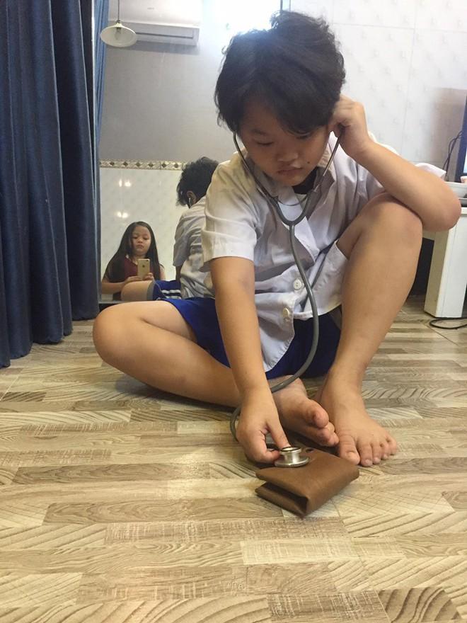 Cụm camera 3 ống kính như trò đùa của iPhone 11 được lấy cảm hứng từ cậu bé sún răng học lớp 4 ở Bạc Liêu? - ảnh 4