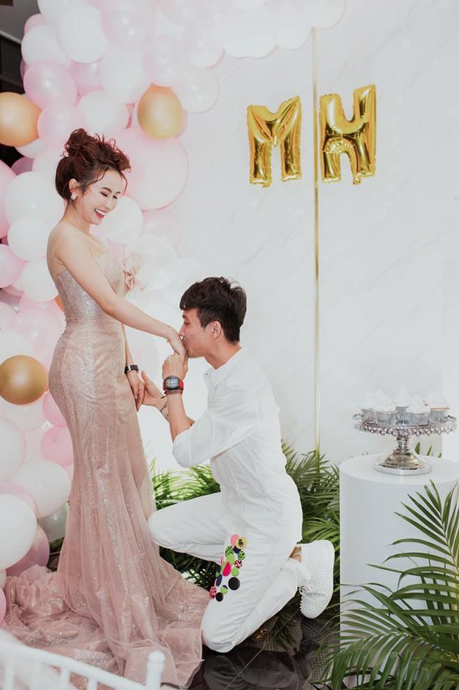 Tất tật drama của Mina Phạm sau đám cưới con gái Minh Nhựa: Tưởng vợ 2 chỉ là nhân vật phụ mà chiếm sóng còn hơn cả cô dâu! - ảnh 19