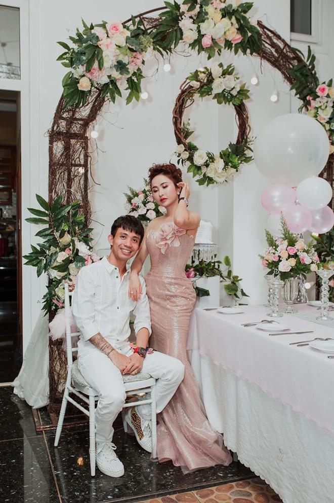 Tất tật drama của Mina Phạm sau đám cưới con gái Minh Nhựa: Tưởng vợ 2 chỉ là nhân vật phụ mà chiếm sóng còn hơn cả cô dâu! - ảnh 18