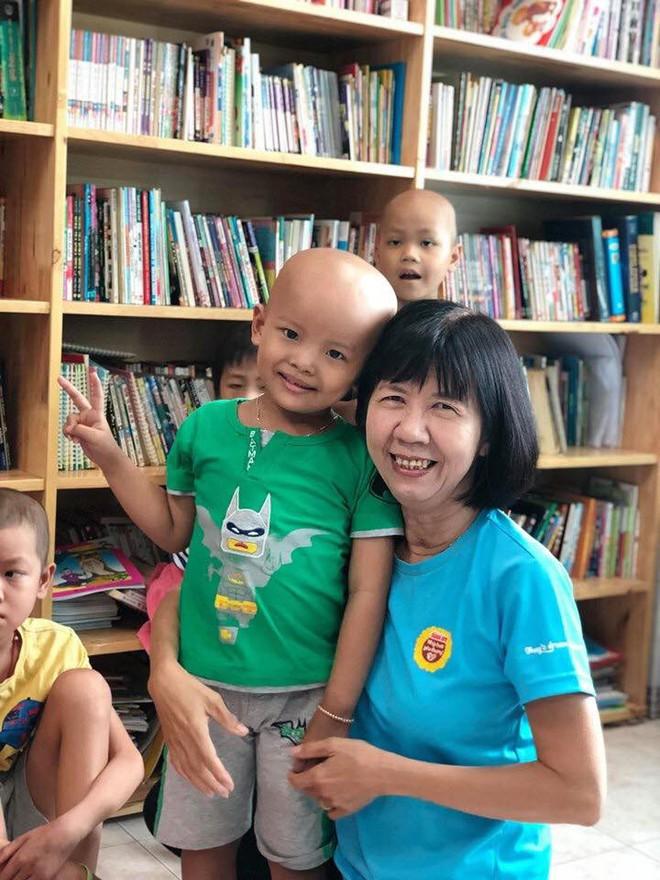 Gặp cô giáo 10 năm miệt mài dạy chữ cho trẻ em tại bệnh viện ung bướu Thành phố Hồ Chí Minh - ảnh 1