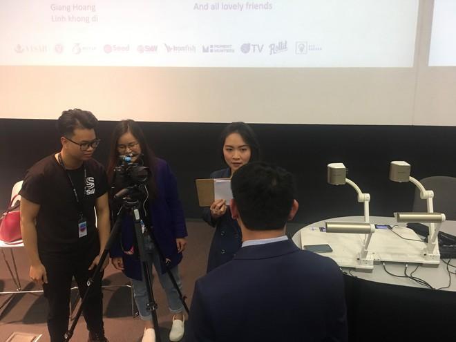 Học tiếng Anh qua video tin tức: Theo bạn, định nghĩa về sự thành công là gì? Và bất ngờ trước câu trả lời từ các diễn giả nổi tiếng ở Úc - ảnh 6