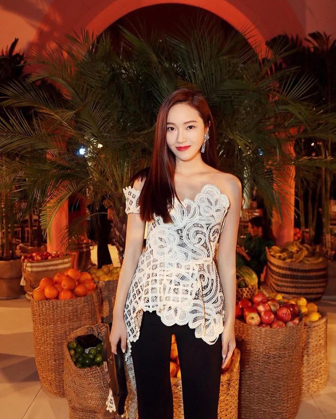 """Dự show Oscar de la Renta, Jessica Jung lại bị báo quốc tế """"dìm"""" dù cất công diện đồ hơn trăm triệu và makeup """"chanh sả"""" - ảnh 3"""